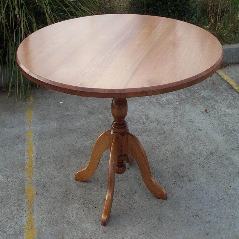 1200 Round Tassie Oak Kitchen Table