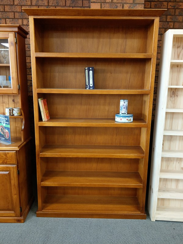 Colonial Bookcases Tassie oak or Pine